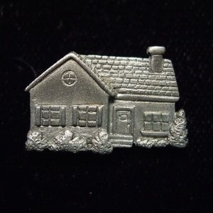 🆕 'Real Estate ~ House' Tack Pin
